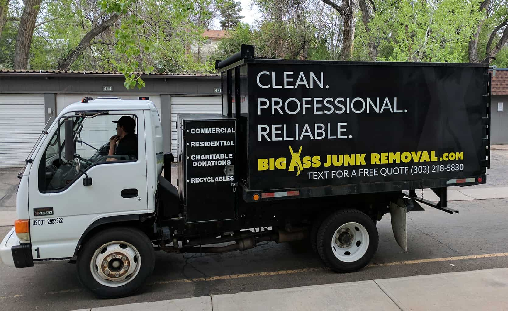 Schedule Your Same Day Junk Removal Service Online Now